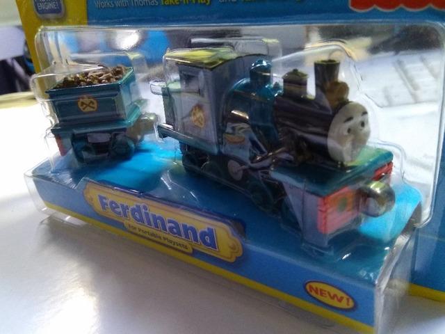 Comercio al por mayor de regalo muchacho niño Diecast THOMAS y amigo The Tank Engine toman a lo largo del tren-ferdinand con camión PLUMÍN