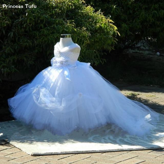0e6703af669baf € 24.25 18% de réduction|Belle robe de fille de fleur blanche Pure Tutu  robe avec strass et Train détachable parfait pour les séances de Photo de  ...