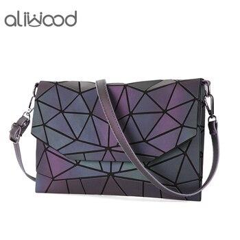 aliwood Envelope Luminous bag Women Shoulder Brand Geometry Clutch Chain Females Crossbody Bags Noctilucent Quilted Handbags