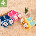 2016 New Style Cartoon Animal 3D Monkey children plush slippers Kids princess winter Warm Woolen home shoes for girls boys