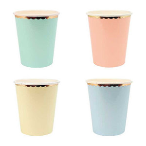 Image 3 - Assiettes en papier couleur bonbon, assiettes en papier Pastel avec feuille dor pour anniversaire, vaisselle de décoration de réception pour bébé de mariage 8 pièces/lot