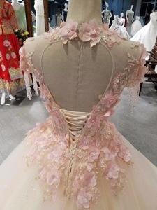 Image 4 - CloverBridal bestsellerem lista alibaba sklep detaliczny suknia dla panny młodej księżniczka piętro długość różowe liście kryształowe frędzle ramiona