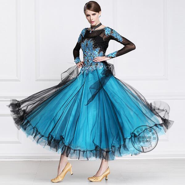 miglior sito web d4061 4f6ec US $305.0  Vestito da Ballo liscio Donna di Disegno Moderno Valzer Tango  Vestito Da Ballo/standard Ballroom Concorso Costume B 15109-in Sala da  ballo ...