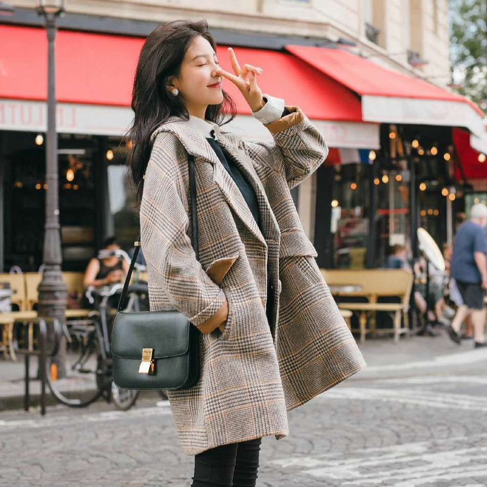 Vintage Chic Plaid Woolen Loose Coat Woman Tailored Collar Short Wool Overcoat Casual Winter Outerwear-in Wool & Blends from Women's Clothing    3