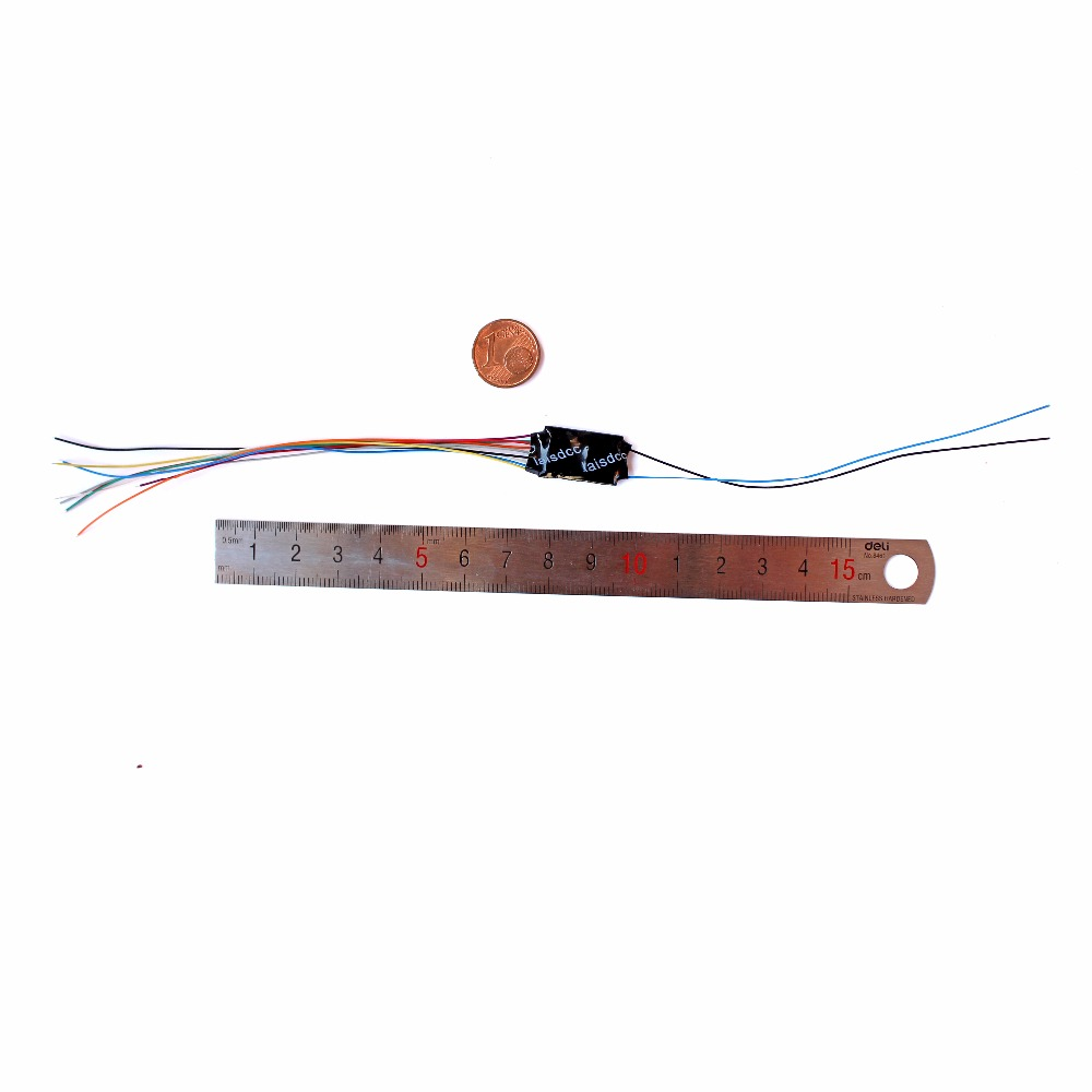 hight resolution of dcc loco decoder for ho n scale model train with 4 function with 9 wire