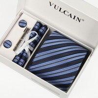Prémio Moda Homem preto Listrado azul Prata dots 8 cm gravatas conjunto abotoadura Lenço Caixa de Presente Prendedor de Gravata Formal Do Partido do baile de Finalistas embalagem