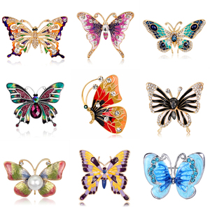 Fashion Crystal Butterfly Brooch For Women Brooch Collar Pins Corsage Rhinestone Insect Animal Brooch Badges Jewelry Accessories