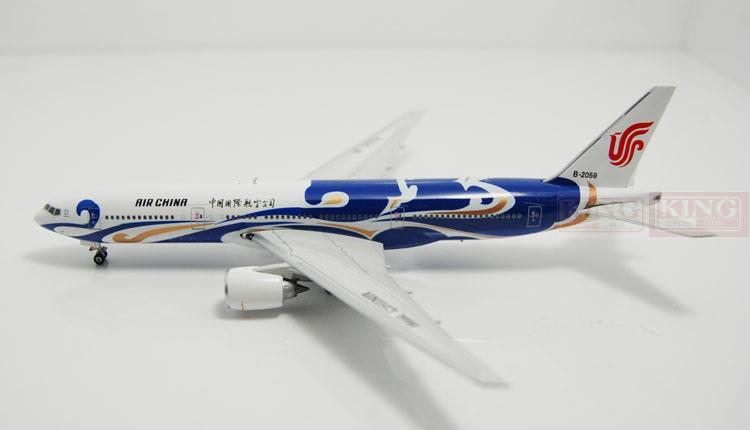 Phoenix 10979 China International Aviation B-2059 B777-200 Lan Fenghuang 1:400 commercial jetliners plane model hobby phoenix 11037 b777 300er f oreu 1 400 aviation ostrava commercial jetliners plane model hobby