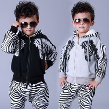 2015 Winter Boys sports tracksuits sets Plus velvet thick warm hoodie and pant children clothing 2