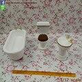 Una Pulgada 3 Unids Set de Baño Aseo Baño Organizador Muñecas y Miniaturas Dollhouse Miniatura De Madera para Niños de Regalo
