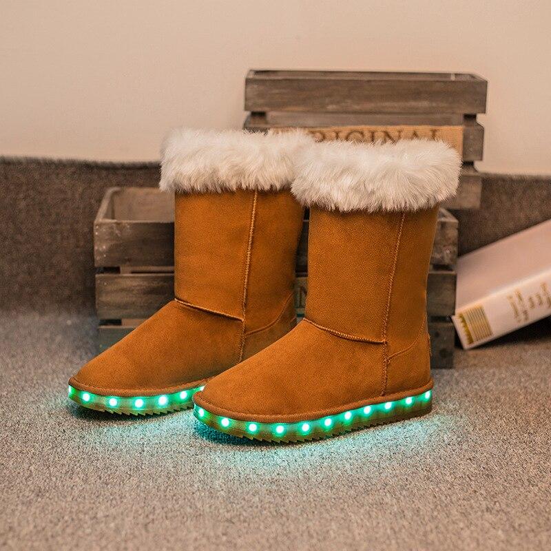 проверила, интересная зимняя обувь фото дома