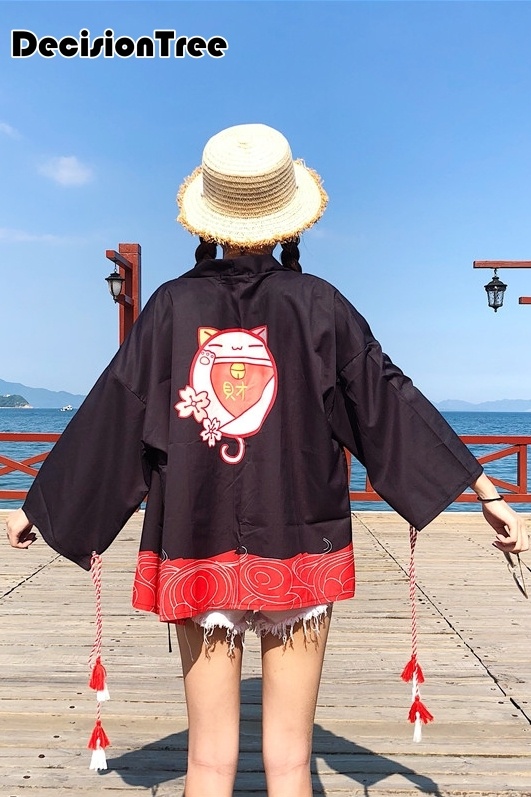 2019 donne di estate casuale vintage kimono cardigan delle signore crochet di trasporto del giappone kimono preto allentato flora stampato camicetta top nero