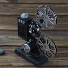 Resin Vintage Movie Projector Model Bar Decor Home Decoration Retro Bioscope Antique Art Collections Photography Props