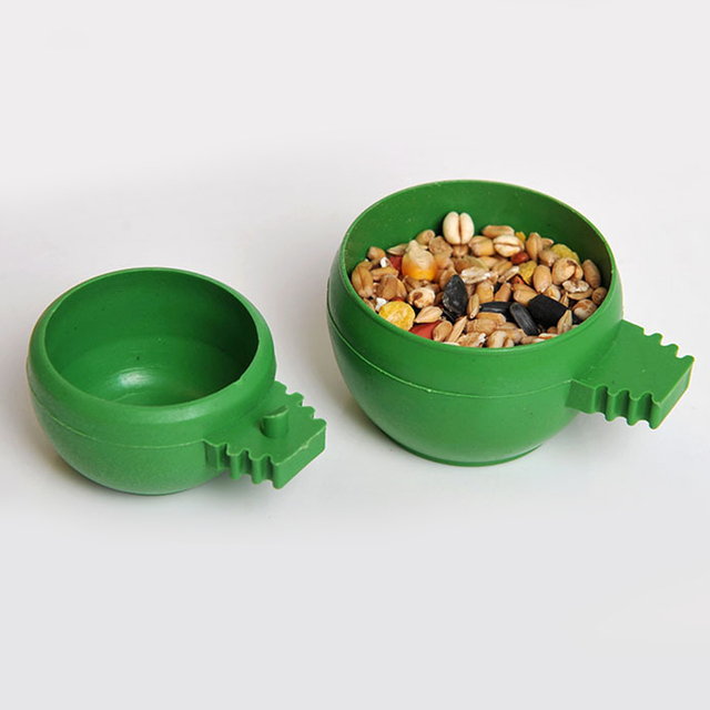 Good Sale Parrot Aviary Pet Cage Plastic Round Bird  Water Food Feeder Feeding Bowl With High Quality