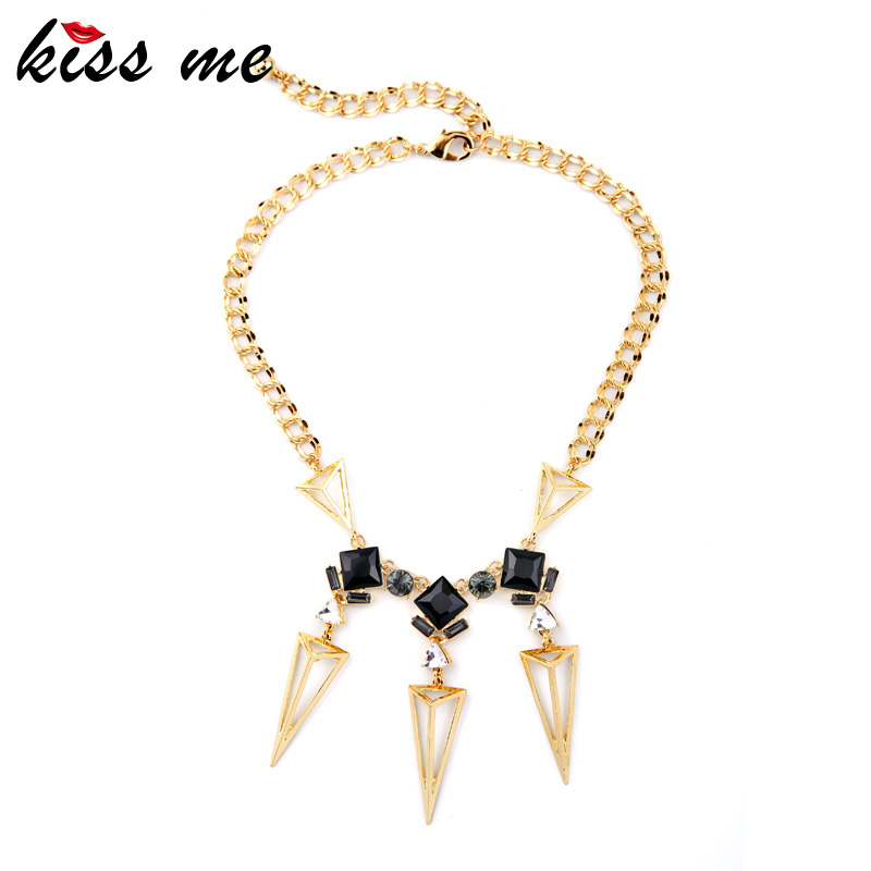 Hyperbole Atmosphere Modern Women Triangle Pendants Gold Color Choker Necklace Factory Wholesale