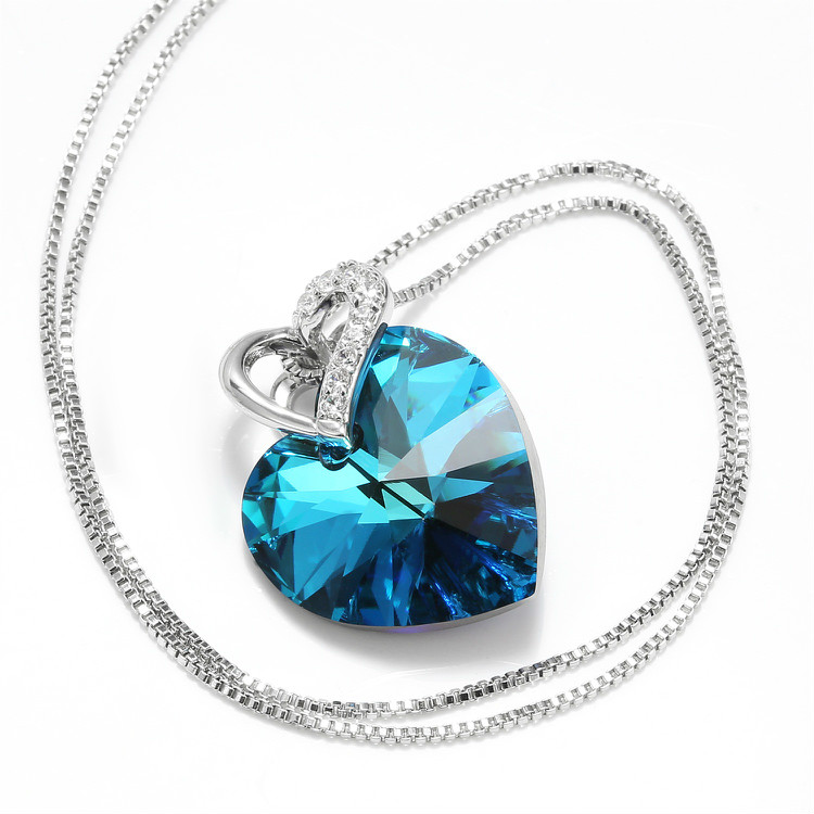 HTB1IOncbBWD3KVjSZFsq6AqkpXah Warme Farben Crystal from Swarovski Women Necklace Fine Jewelry Blue Heart Crystal Pendant Necklace Valentine's day Gift