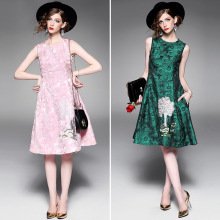 Autumn new round neck sleeveless waist long jacquard cartoon embroidered bottoming dress CO8434