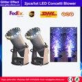 2 pçs/lote Stage efeito especial celebração do casamento Mini LED confetti canhão DJ night club bar máquina de ventilador de papel metálico