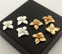 Feuille fleur étamines breloques laiton métal trouvailles bricolage bijoux accessoires choisir les couleurs