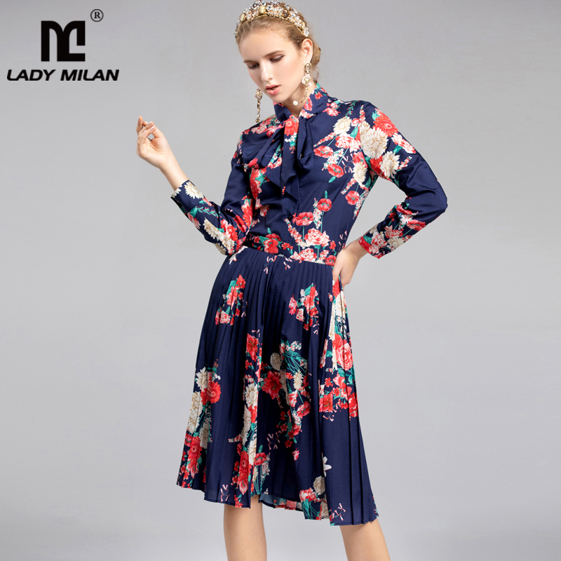 2019 Women s Long Sleeves Printed Bow Detailing Shirt with Floral Pleated Skirts Fashion Designer Twinsets