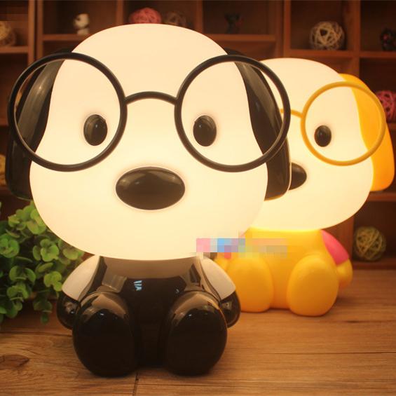 Bonito Dos Desenhos Animados Cão Óculos Crianças do Quarto Da Cama Do Bebê Luz da Noite Dormir Lâmpada Decoração Da Lâmpada Noite Eyeshield Candeeiro de Mesa