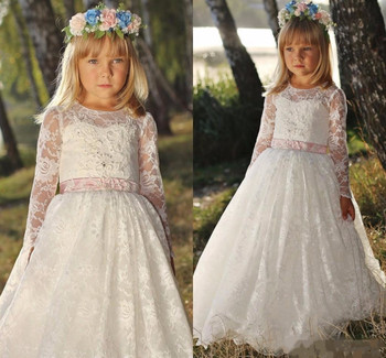 2019 Boho Ivory White Lace Flower Girls Dresses for Wedding with Sash Long Sleeves O Neck Girls Birthday Dress Christmas Gown