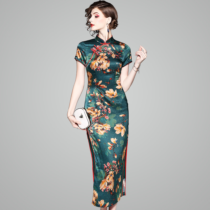 2e60d99a8773e OYCP 2018 New Summer Chinese Cheongsam Long Dress Green Printing Vintage  Elegant Girls Chinese Real Silk High End Dress 80558