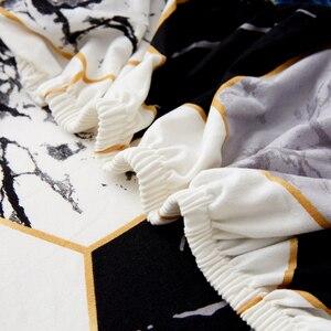 Image 4 - Lanlika 2020 Nuovo All inclusive Pieghevole Divano Letto Copertura Stretto Wrap Divano Asciugamano Divano Copertura Senza Bracciolo housse de canap cubre