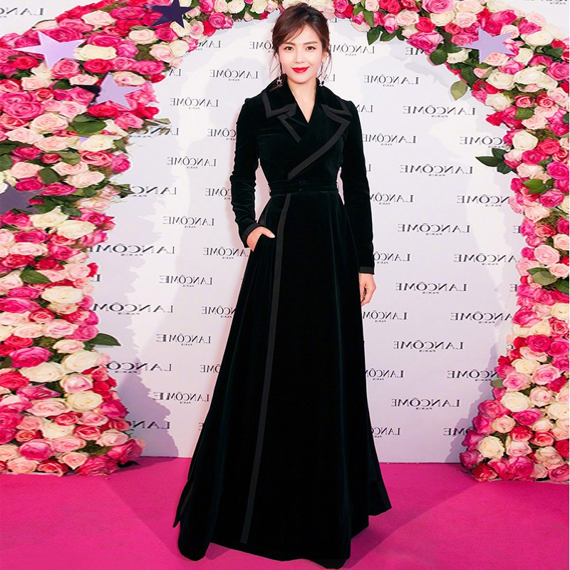High Quality Fashion Designer Runway 2018 Winter Luxury Women s Long Sleeve Black Velvet Coat Warm