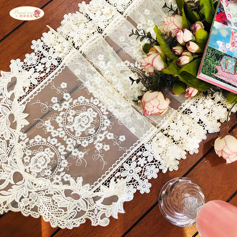 Proud Rose European Table Flag Lace Table Runner Cloth Cover Light Golden TV Cabinet Cover Towel Wedding Decorative Towel