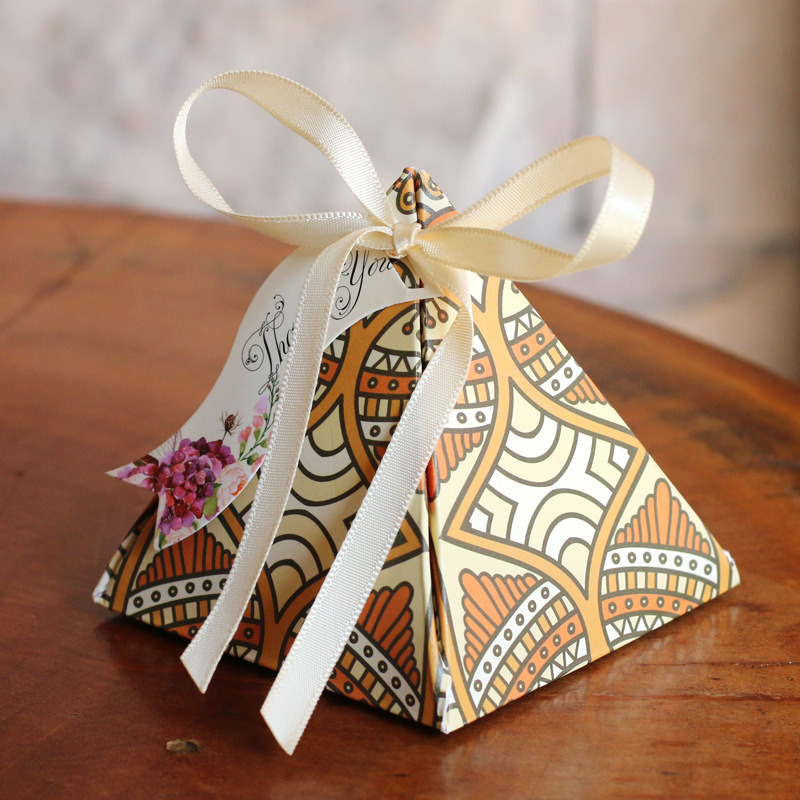 Free shipping high quality pyramid candy boxes wedding for Wedding supplies near me