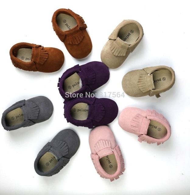 De calidad superior lindo fringe bebé mocasines de gamuza de cuero genuino suave suela prewalker niños pequeños/bebés mocasín borla de la vaca moccs