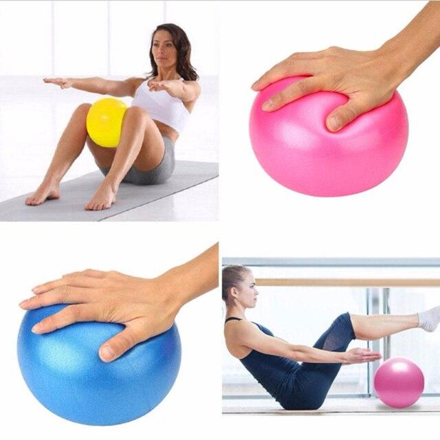 Fitness Yoga Balle 30 cm Utilitaire Yoga Boules Pilates Équilibre Sport Fitball  Preuve Boules Lisse Massage e717a31c8f4e4