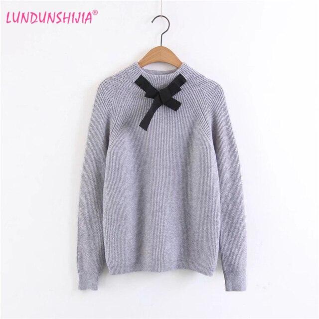 LUNDUNSHIJIA Autumn Winter Sweaters For Women 2017 Women Sweaters Black  Little Bow Tie Knitting Pullover Tricot b39176e77c20