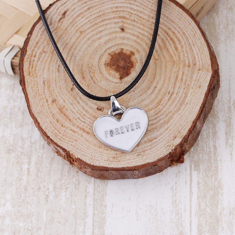 Couple Necklace Jewelry Creative Print Letters I Love You Forever Black and White Heart Love Pendant Necklace Valentines Gift