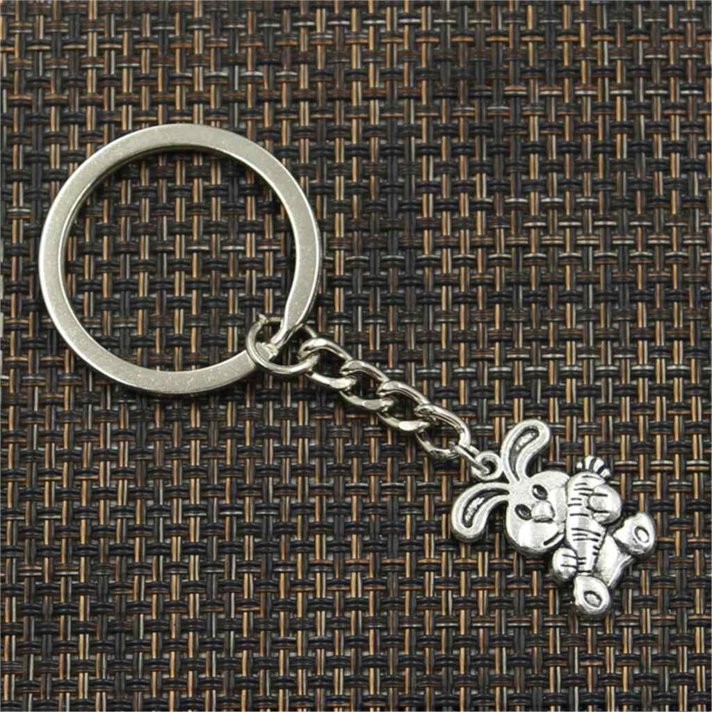 Preço de fábrica coelho cenoura coelho da páscoa Pingente Chave Corrente de Metal Anel De Homens De Prata Carro de Presente Lembranças Keychain Dropshipping