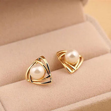 Time-limited Trendy Zinc Alloy Brinco Hot Fashion Simulated Pearl Earrings Geometric Triangle Stud For Woman Jewelry(China)