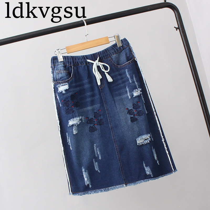 2018 NEW Spring Summer Women's Clothing Large Size Korean Elastic Band Waist Embroidery Denim Skirt Plus Size Pencil Skirts A490