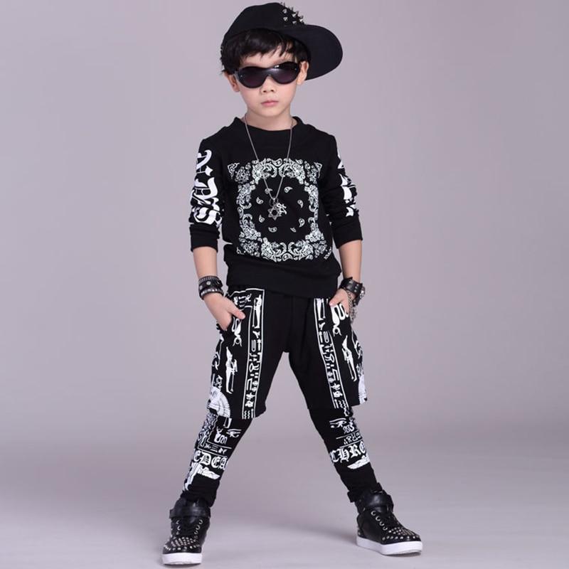 цена Children Clothing Set Boys Street Dance Costume T-shirt for girls + Hip hop Pants Two Piece Set Sweatpants harem pants Trousers онлайн в 2017 году