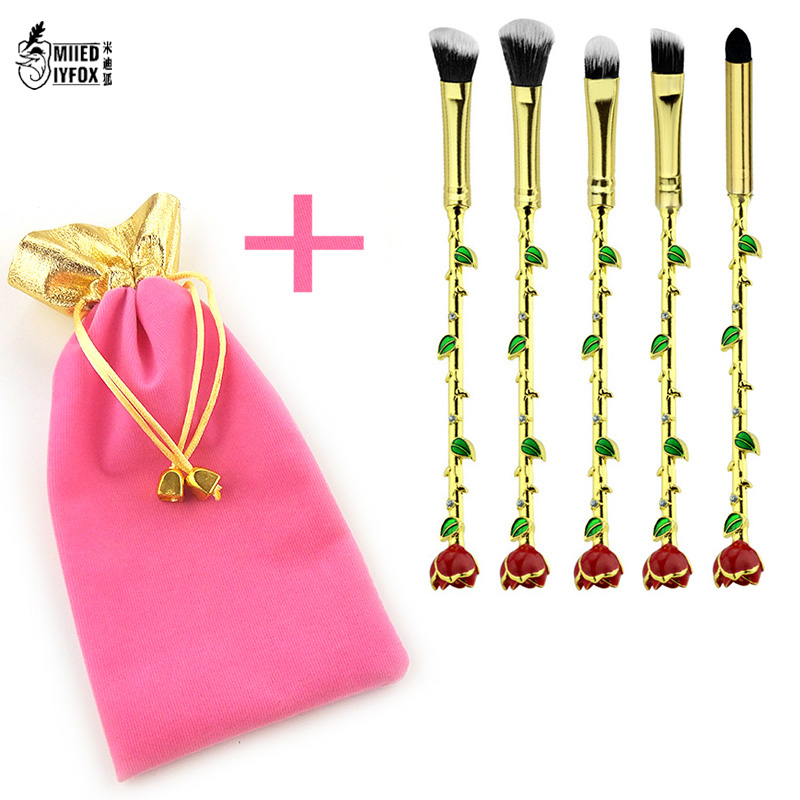 Newest Beauty and the Beast Makeup Brushes Cosmetics Soft fiber Hair Crystal Rose Flower Makeup Blush Eye Shadow Eyebrow Brush