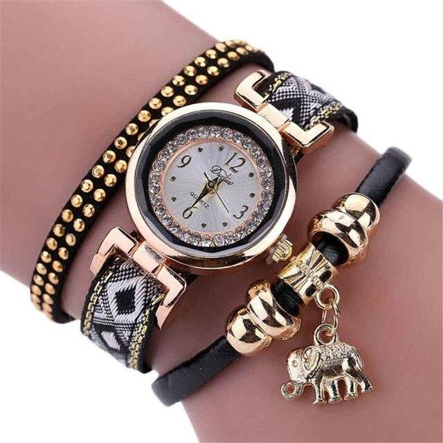 Women watches Leather Bracelet Watch New Design Fashion Rivet Quartz Watch Reloj