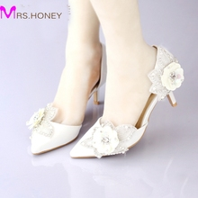 White Satin Bridal Dress Shoes Pointed Toe Glitter Flower Wedding Party Shoes Kitten Heels Sexy Women Prom Pumps Summer Sandals