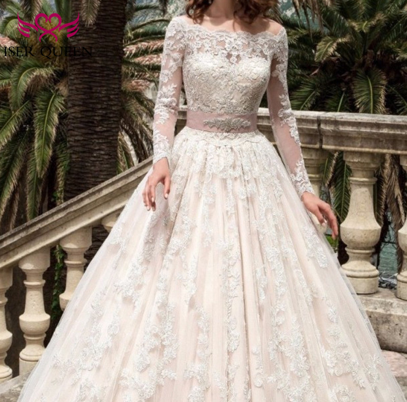 Boat Neck Long Sleeve Bohemian Ball Gown Wedding Dresses Crystal Sashes Embroidery Appliques Plus Size Arab Wedding Dress W0038
