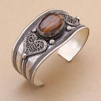 A Unisex Charm Tiger Eye Stone Cuff Bracelet Bangle Tibet Silver Carved Heart