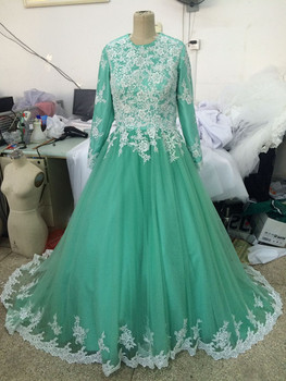 Vestidos Debutantes 15 Anos Ball Gown Long Sleeves Crew Tulle Sweep Train Zipper Up Cheap Quinceanera Dresses 2017