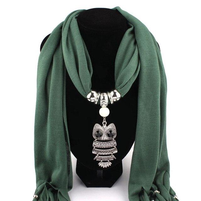 aaa2f5a9c218 MUQGEW Nouvelles Femmes Collier Foulards Hibou Pendentif Bijoux Glands  Écharpe Châle Wrap New Creative
