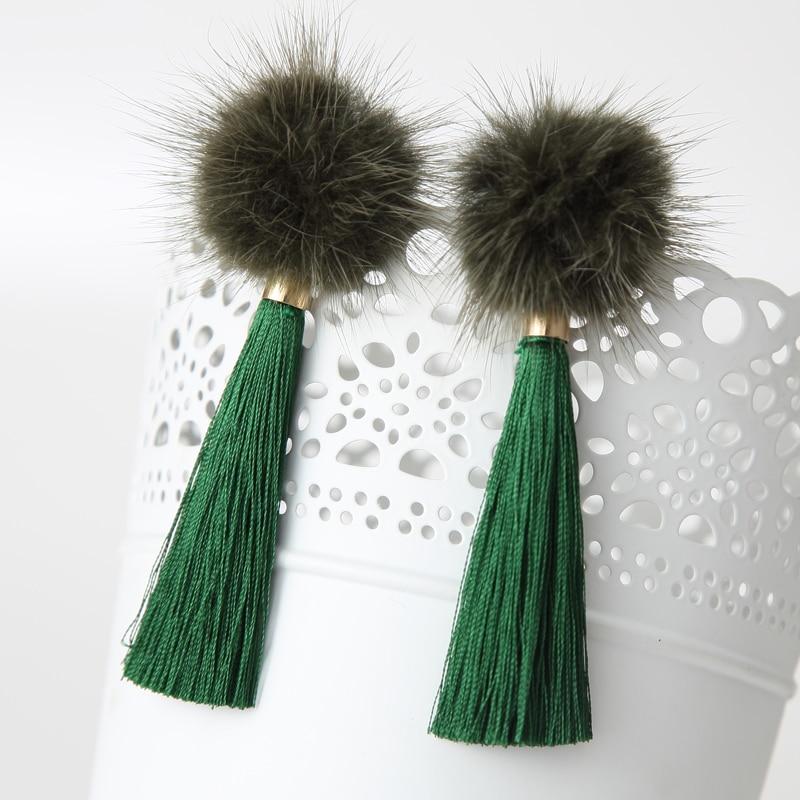 2016 divat téli évjárat Pom Pom fülbevaló Royal Drop hosszú címer Brincos szőrme medálok tiszta szín nők számára