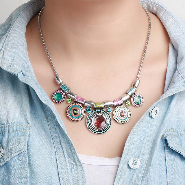 2018 New Choker Necklace Fashion Ethnic Collares Vintage Silver Color Colorful Bead Pendant Statement Necklace For Women Jewelry 3