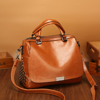 Vintage Women Messenger Bags Genuine Leather Handbags Female Luxury Brand Real Leather Handbags Crossbody Fashion Tassel C406