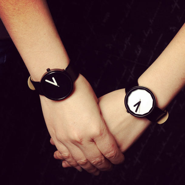 a9eb9ff37ba7 Moda diseño mínimo reloj para adolescentes correa de cuero Simple Unisex  Saat hombres mujeres breve pareja relojes para jóvenes amantes Top nuevo en  Relojes ...